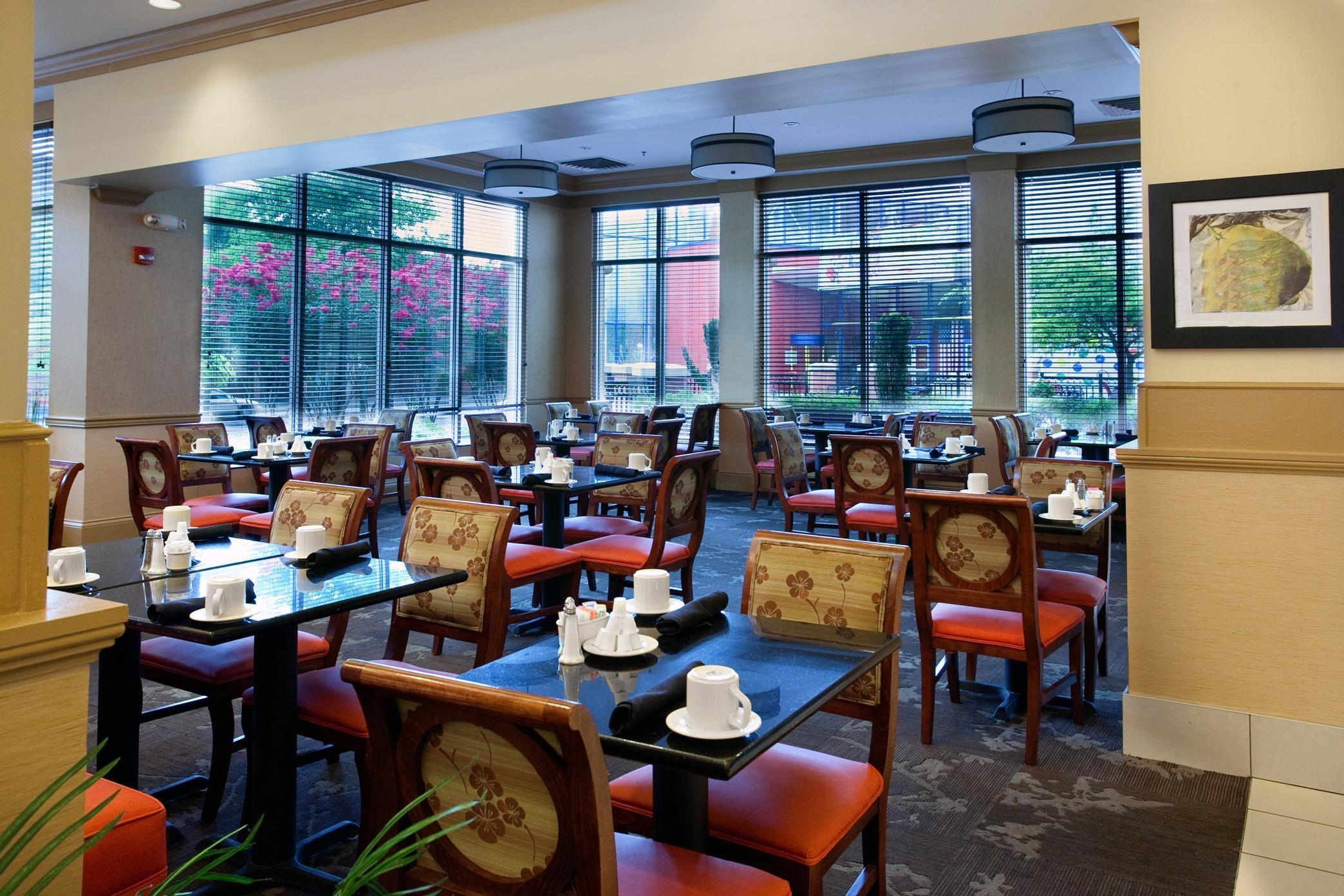 Hilton Garden Inn Chattanooga Downtown Chattanooga Tn