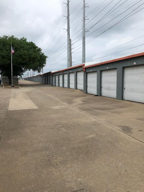 Best Little Warehouse In Texas