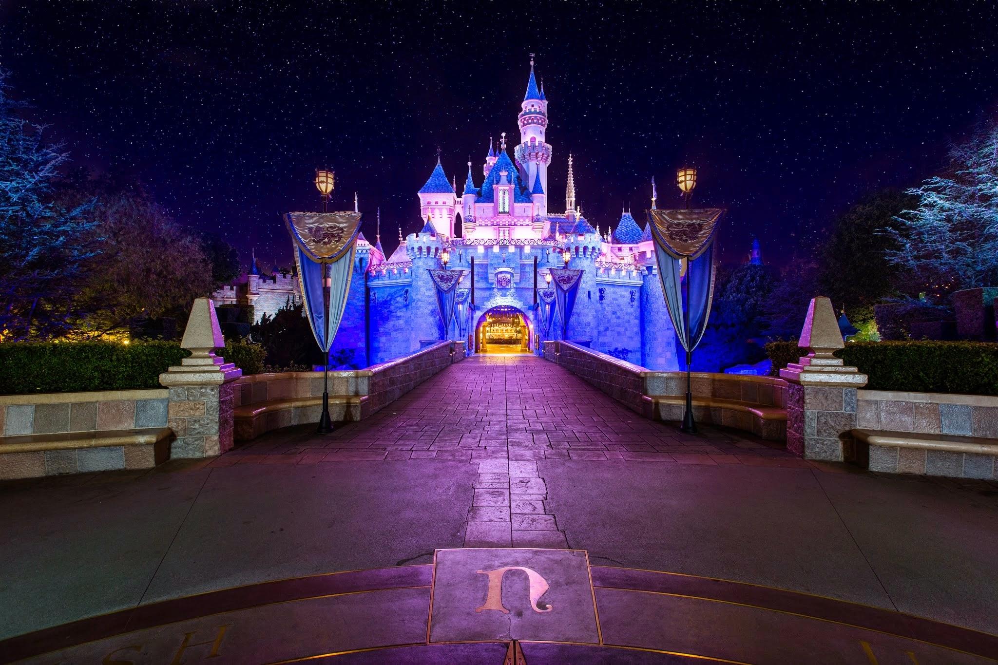 Hotels Near  Disneyland Dr Anaheim Ca
