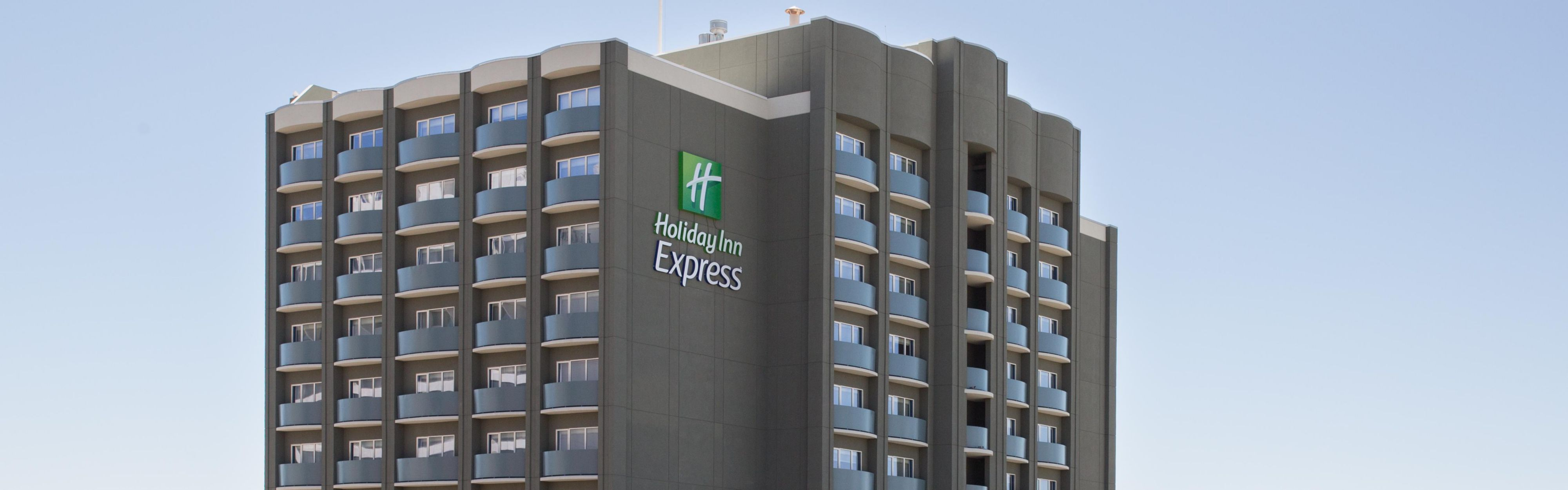 Holiday Inn Express Bronx Nyc Stadium Area In Bronx Ny 10451