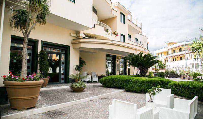 Il Roseto Park Hotel Caivano