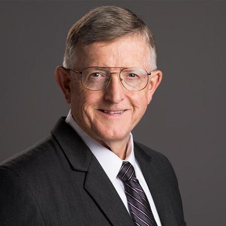 Kenneth M Stinchfield DDS