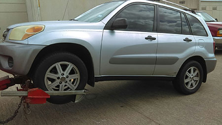 Do You Have A Bkoken-Down Vehicle And You Need To Get Rid Of It? No worries, you just came to the right place, Zeus Cash For Junk Cars will make you an instant cash offer and provide you free towing the same day.