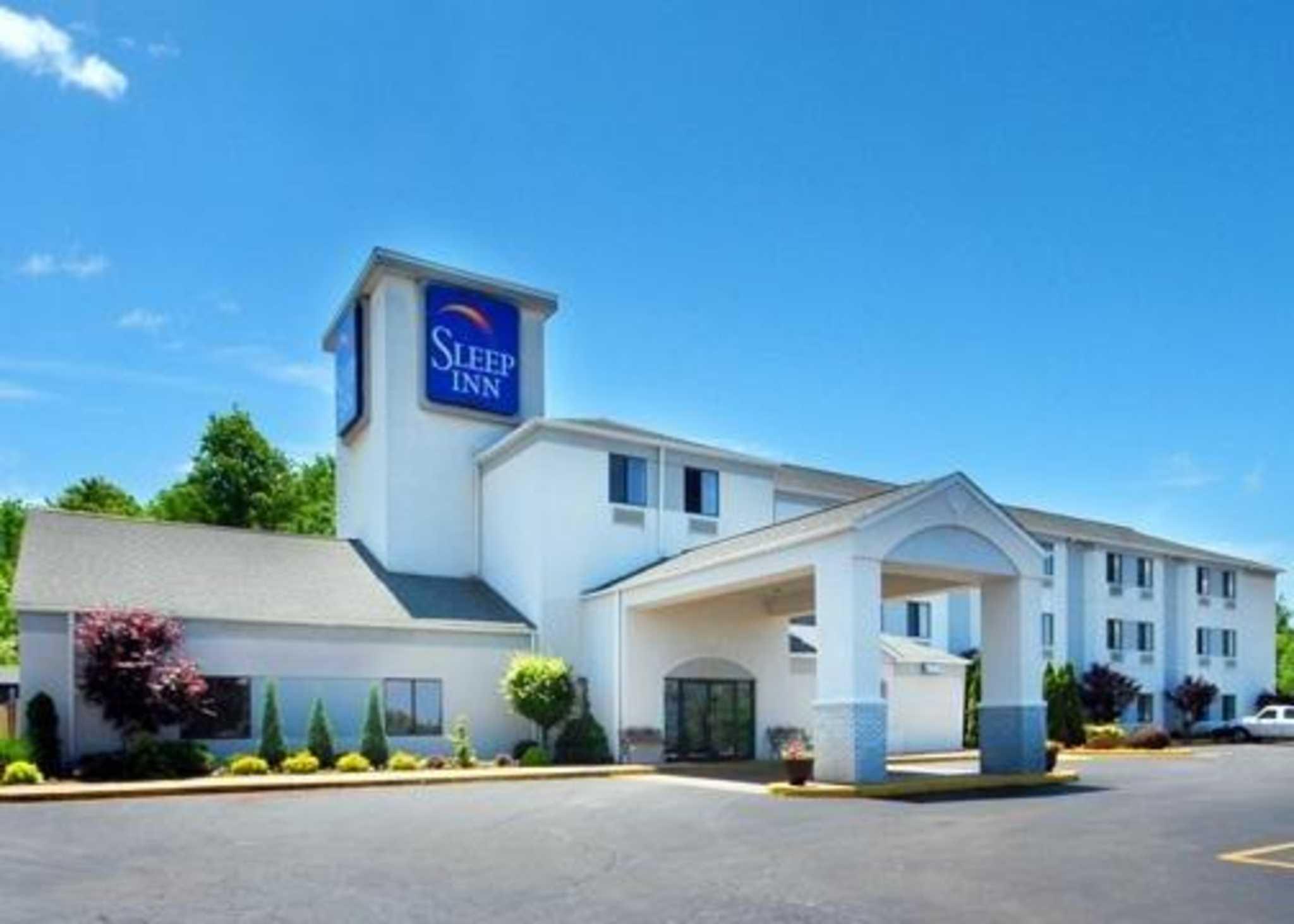 Hotels Near Fairfield Ohio