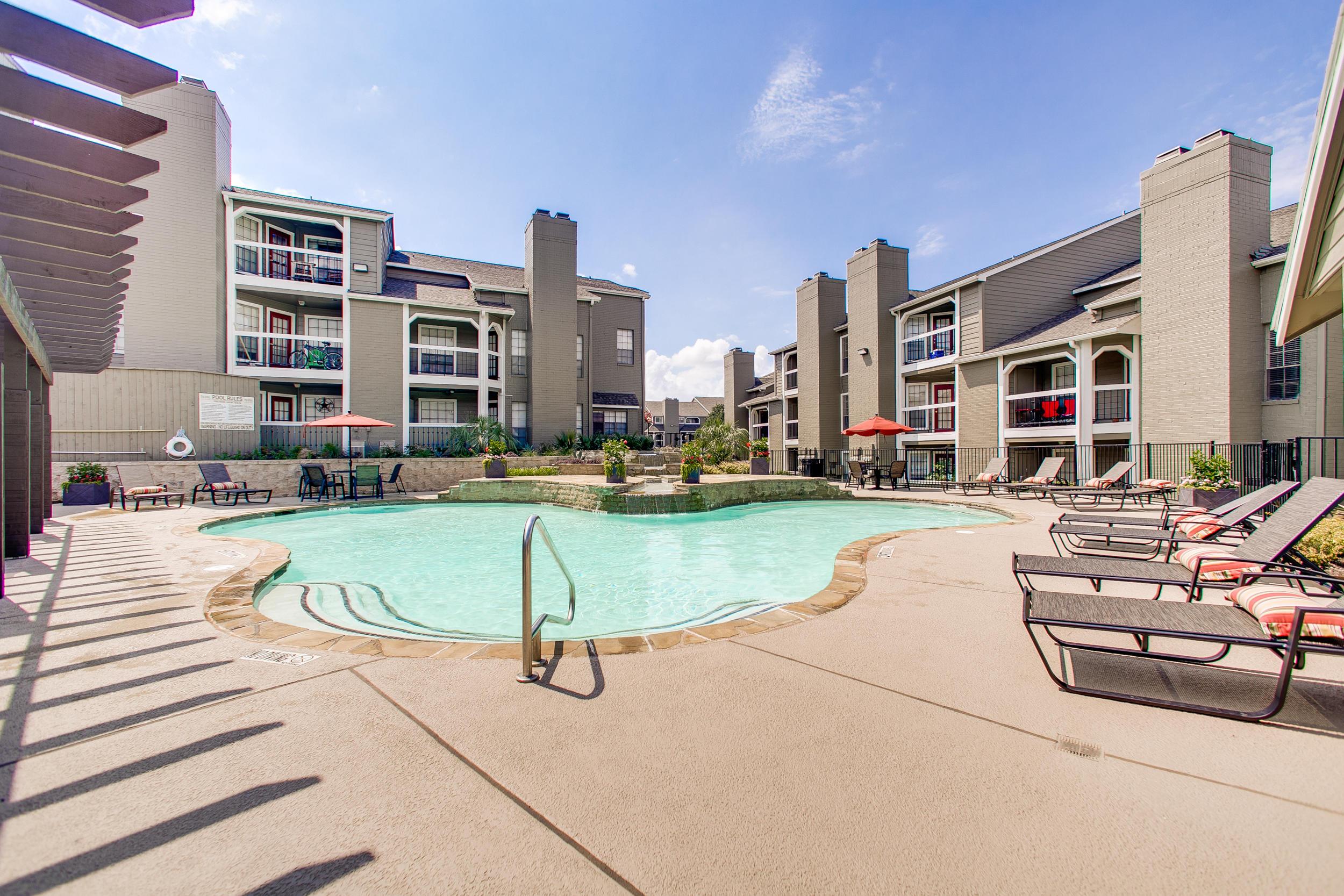 Venetian Hills Apartments Reviews