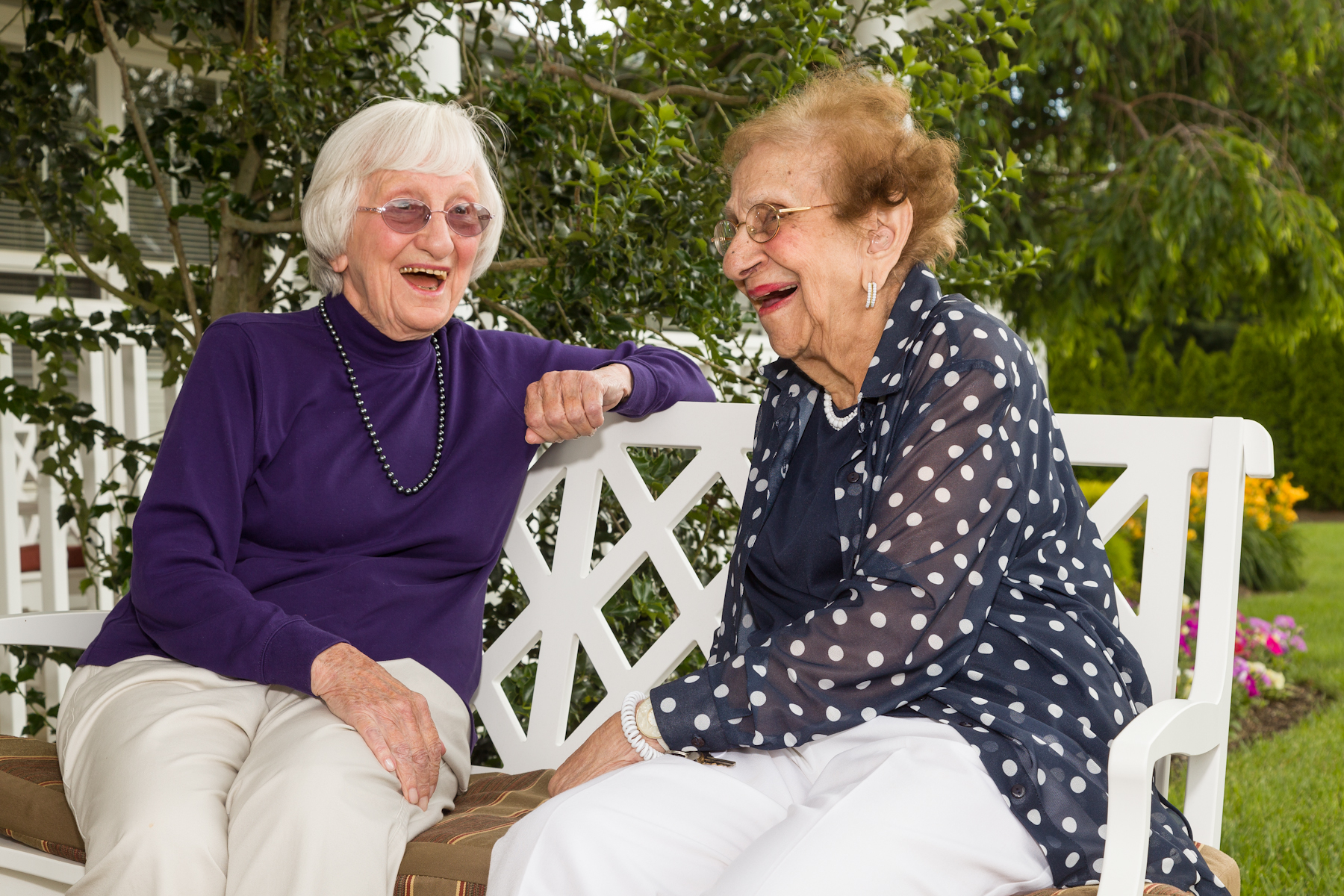 Hearthstone Estates Assisted Living - ad image