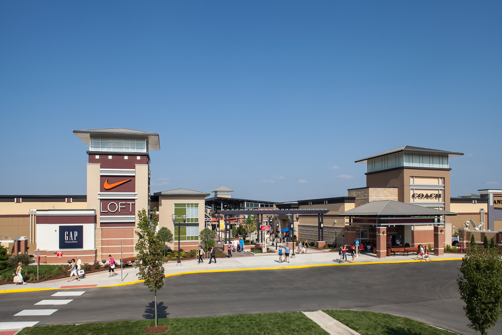 St. Louis Premium Outlets is located at Outlet Boulevard in Chesterfield, MO. Other nearby landmarks in Chesterfield include Gateway Golf Ctr, Landings at Spirit, St. Louis Aviation Museum, Taubman Prestige Outlets Chesterfield, Babler State Park. Baxter Crossings Apartments, Chesterfield Villas Retirement C are nearby buildings.