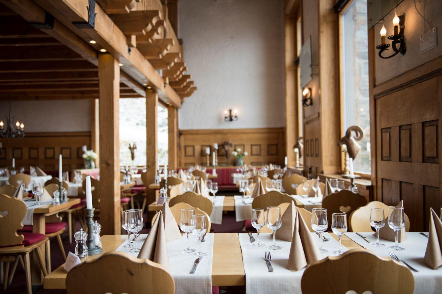 3100 Kulmhotel Gornergrat - vis-à-vis
