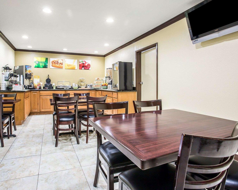 Enjoy breakfast in this spacious area