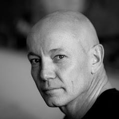 Bild zu Psychotherapeut Jörg Plewe I Heilpraktiker für Psychotherapie & Hypnosetherapie Luft nach oben in Mülheim an der Ruhr