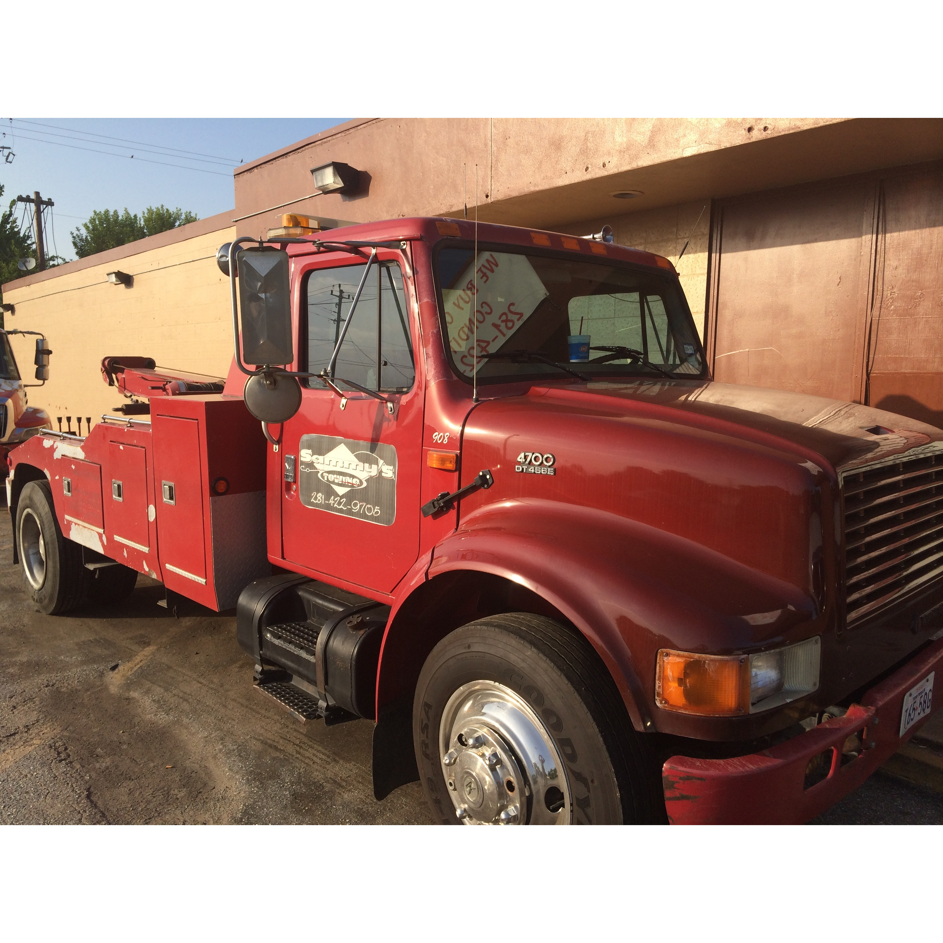 Sammy's Towing & Recovery