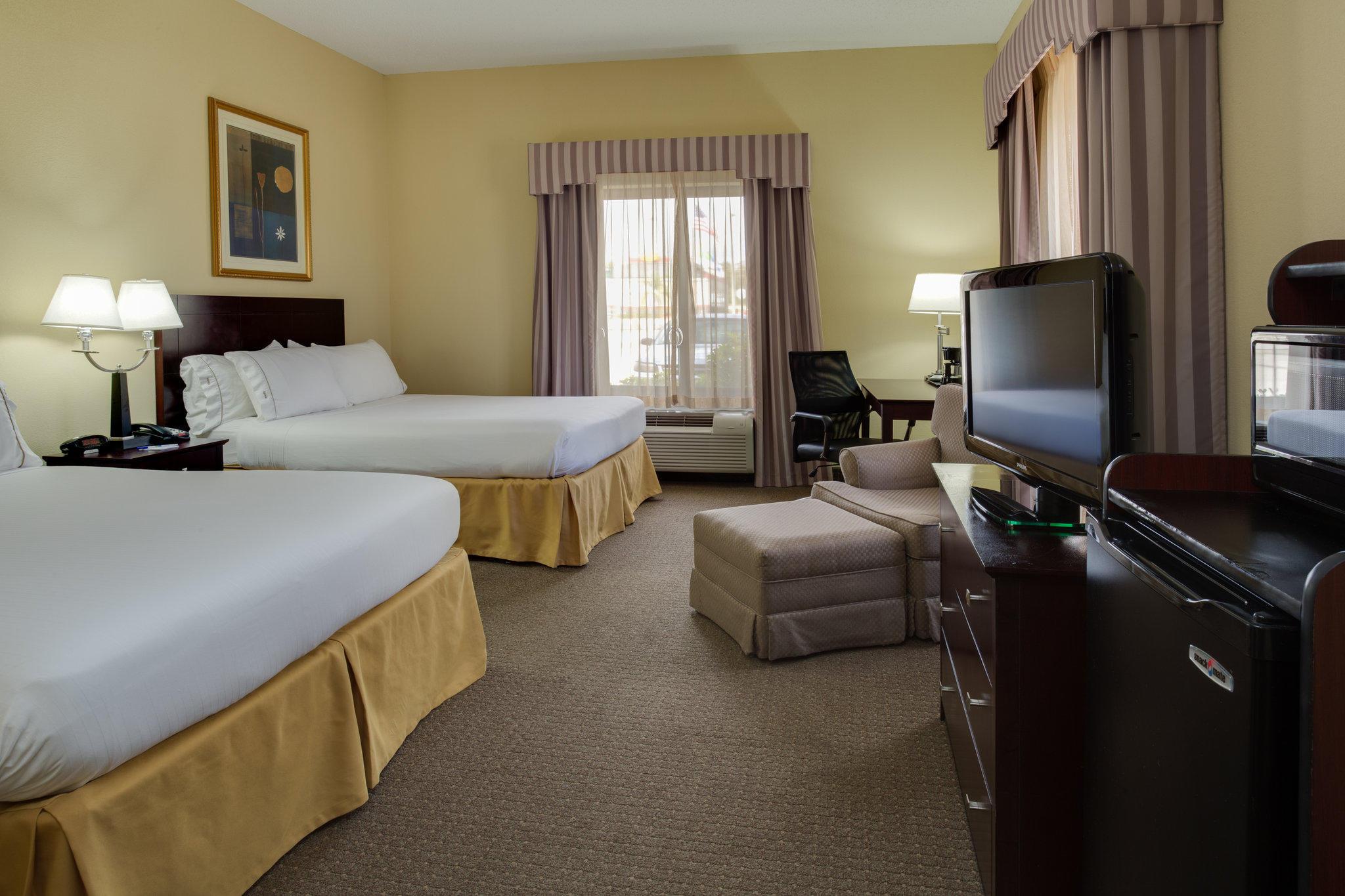 Holiday Inn Express & Suites Sebring, an IHG Hotel