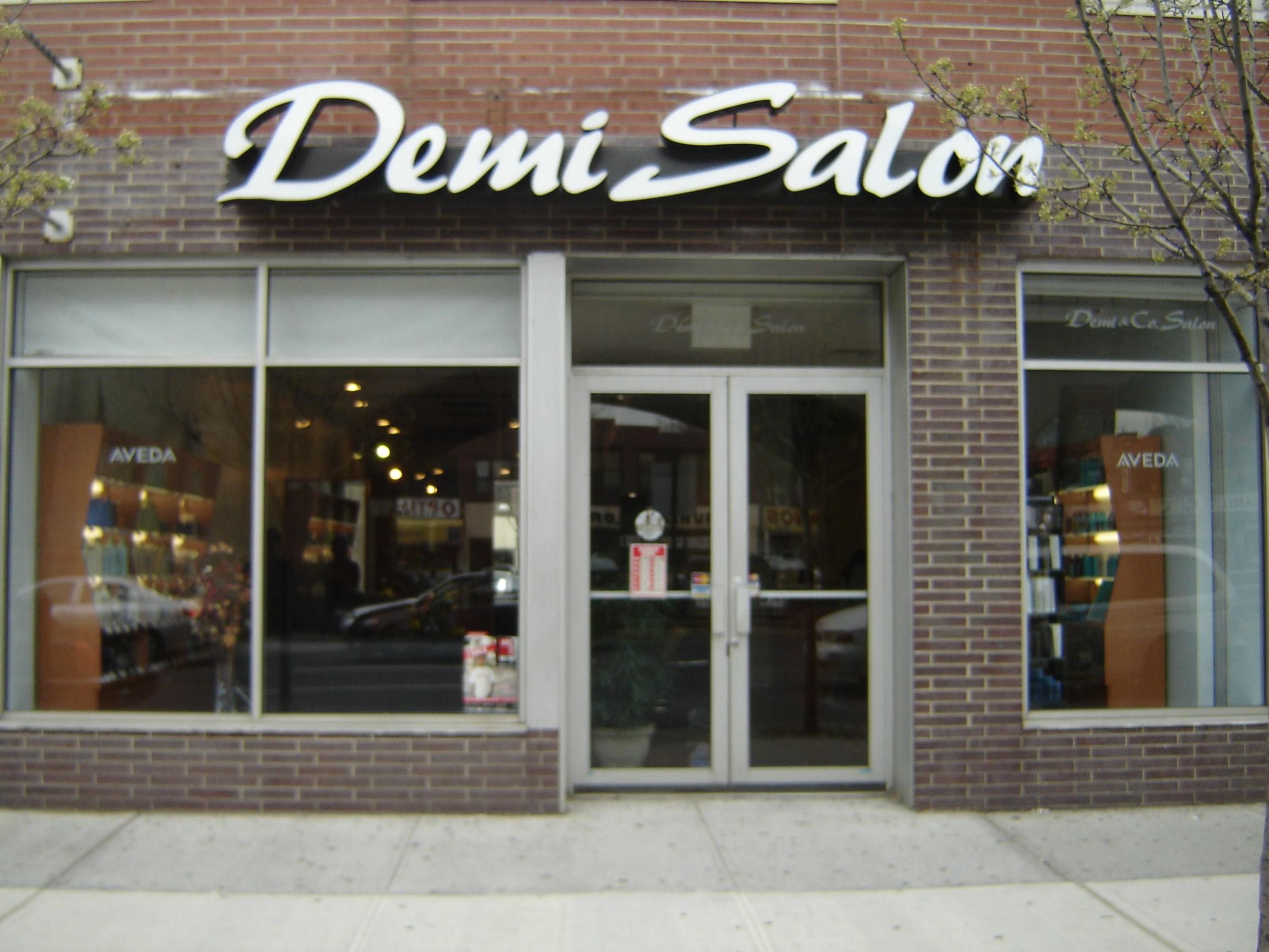 Demi Salon