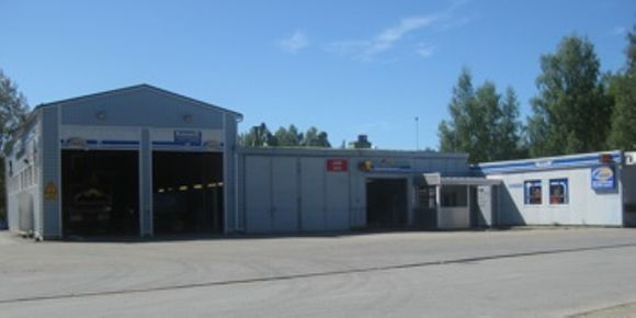 Juvan Auto Oy Fixus myymälä