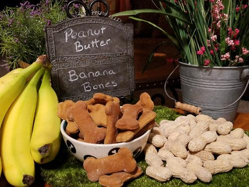 Organic Peanut Butter Powder and Organic Bananas make this a great low-fat treat with a good source of potassium, manganese, vitamin B6, vitamin C, fiber, biotin and copper.  They will never know they are getting vitamins, but you will!