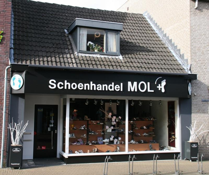 Mol Schoenen
