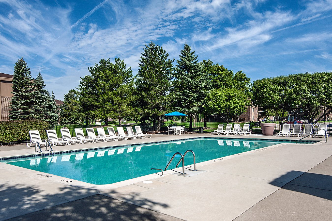 Lakeside Village Apartments Clinton Township Mi