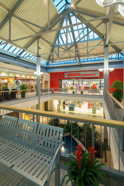 Clothing stores in white marsh mall