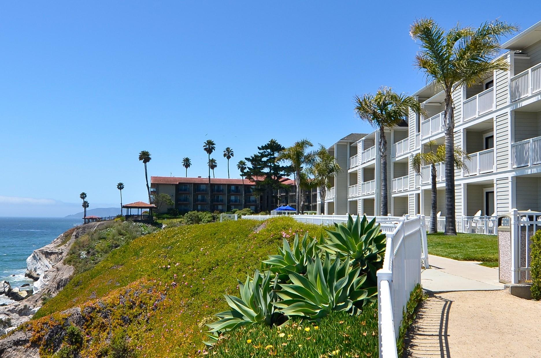 Pismo Beach Hotel Suites