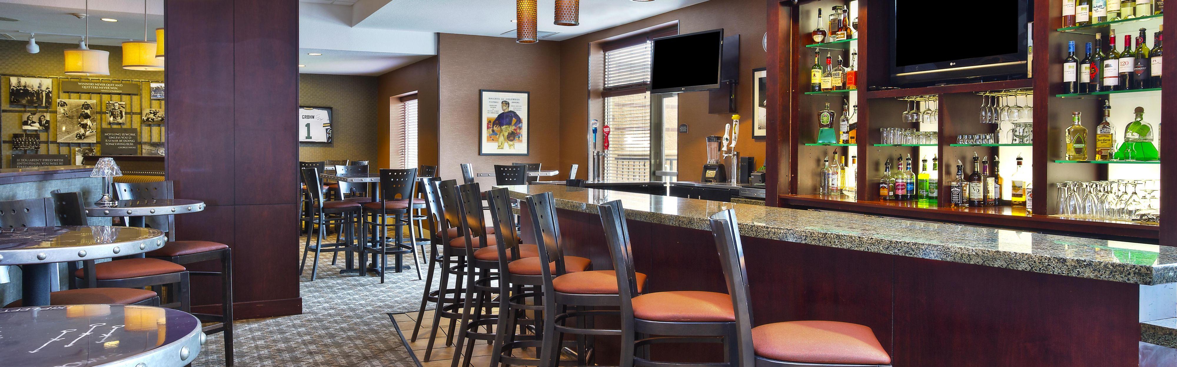 Russ Darrow Green Bay >> Holiday Inn & Suites Green Bay Stadium, Green Bay ...