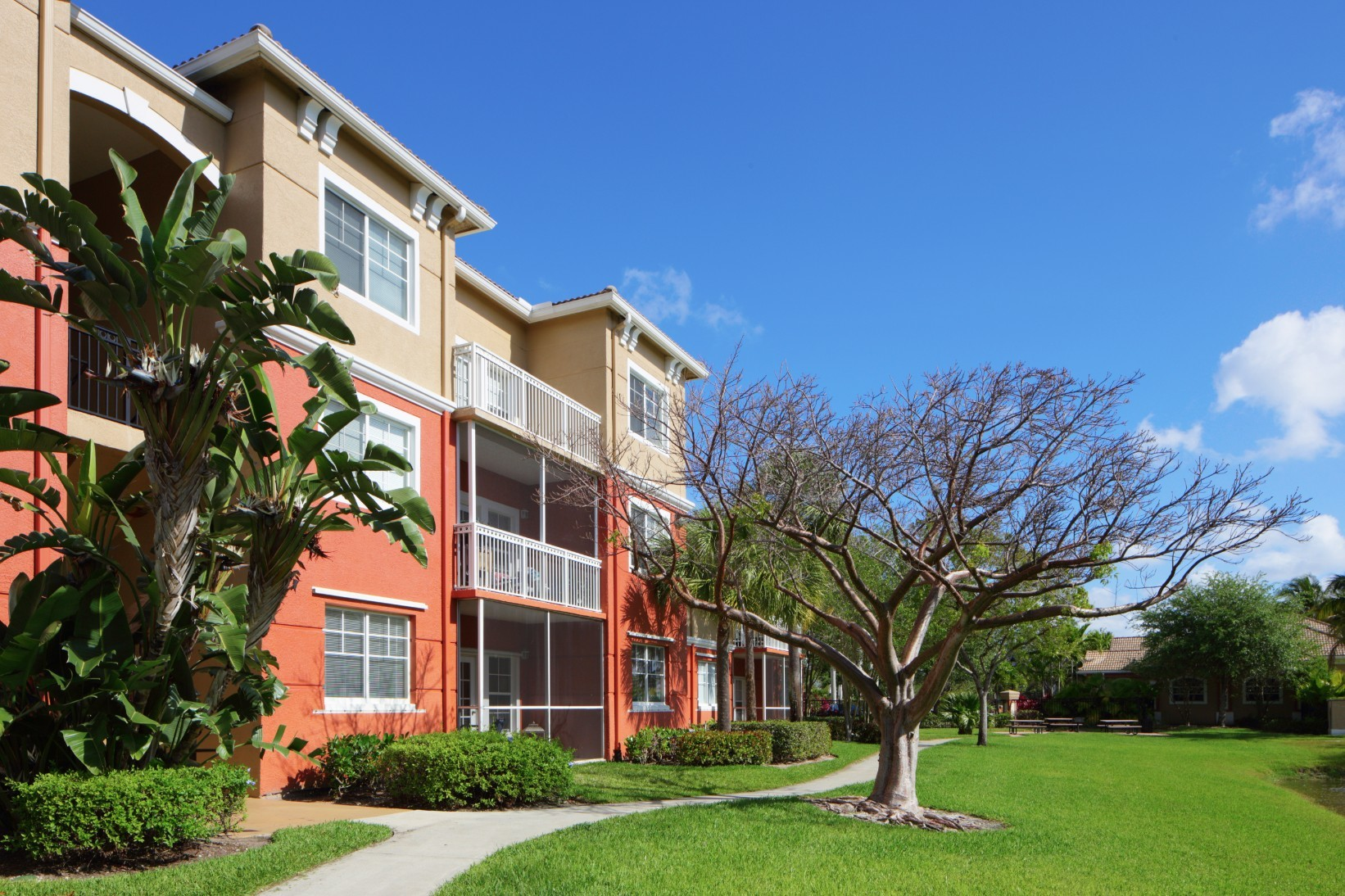 Wellington Park Apartments Reviews