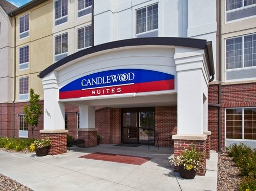 Hotels Near Eppley Airport Omaha Ne
