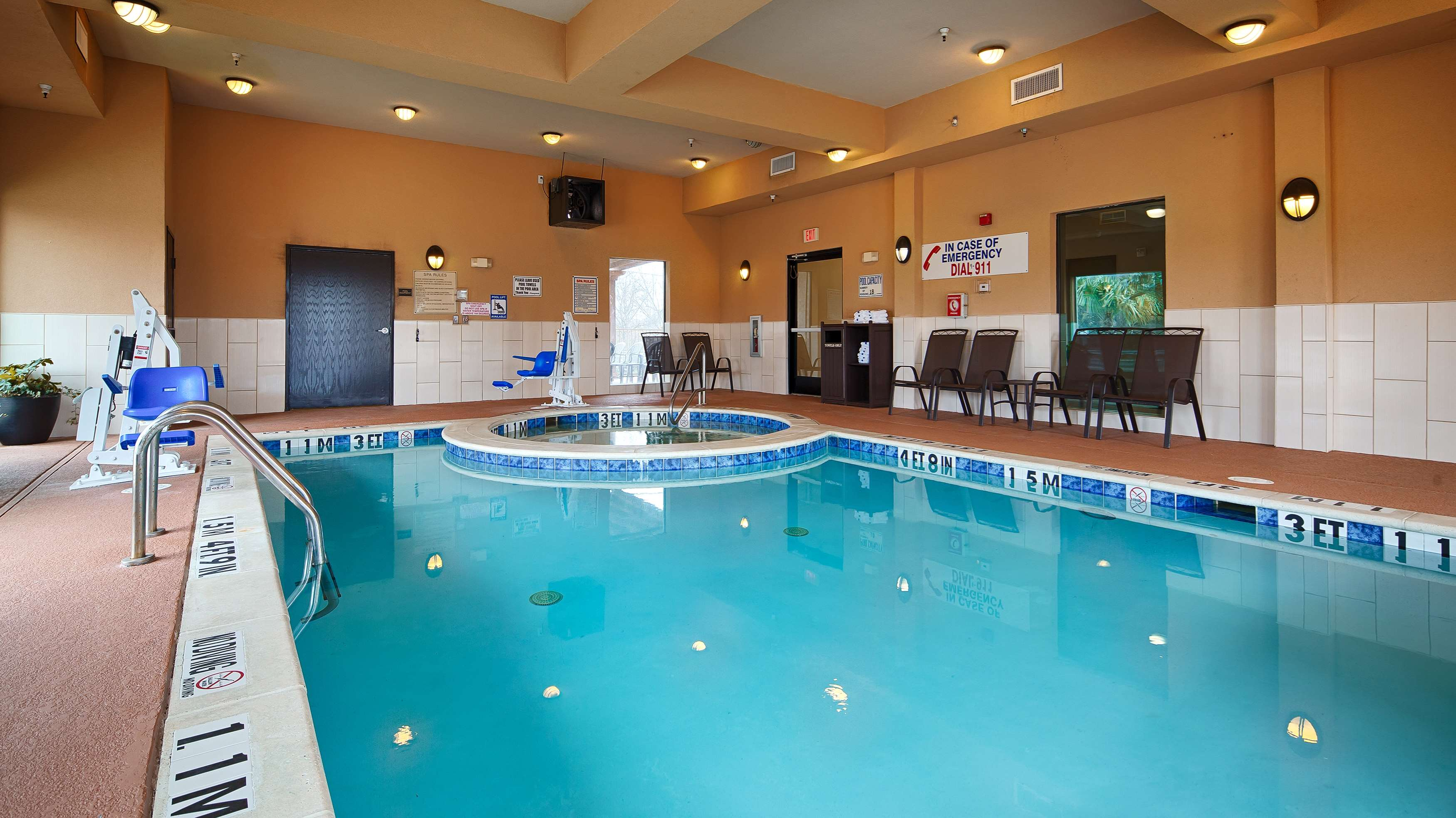 Burleson Hotels Indoor Pool