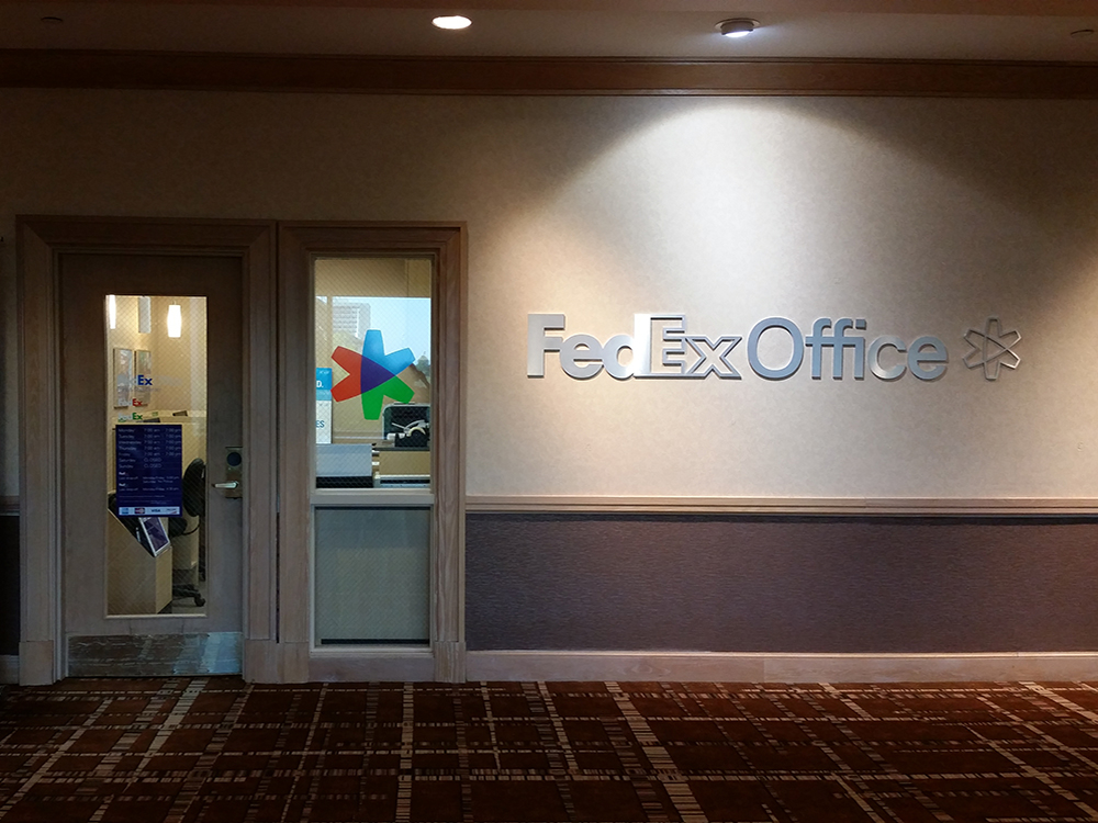 Fedex office print ship center jacksonville florida fl for Kinkos t shirt printing