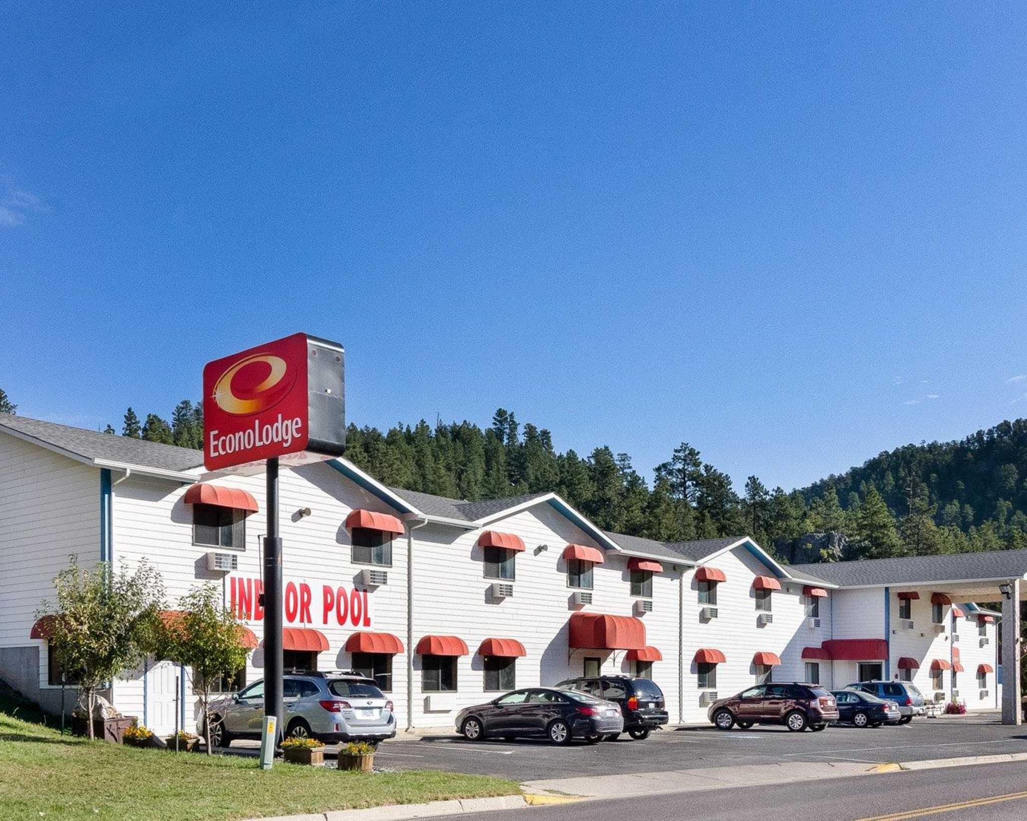 Econo Lodge Near Mt. Rushmore Memorial - Keystone, SD 57751 - (605)666-4417 | ShowMeLocal.com