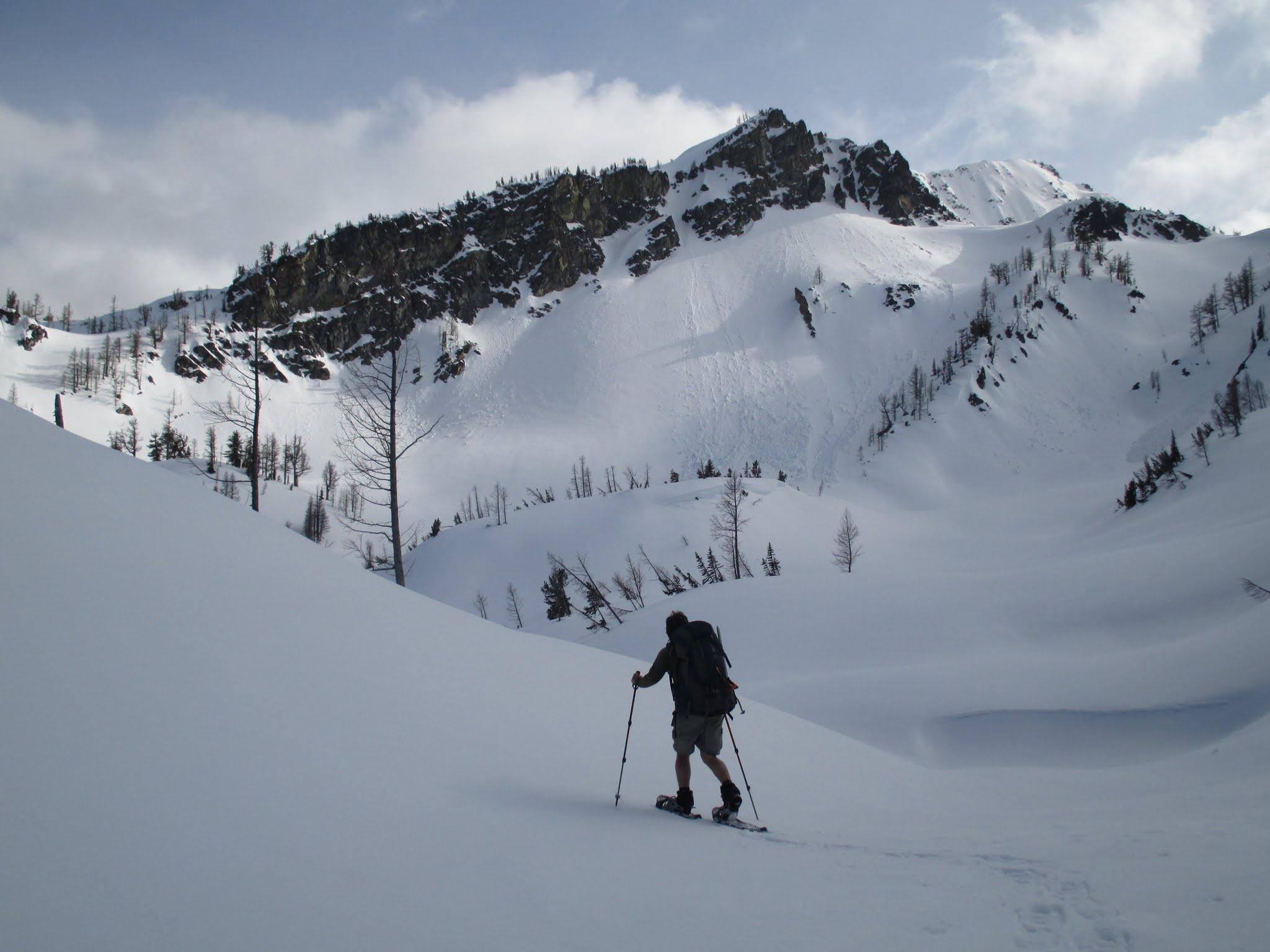 Snowshoeing & Avalanche Risk: What Every Snowshoer Should Know
