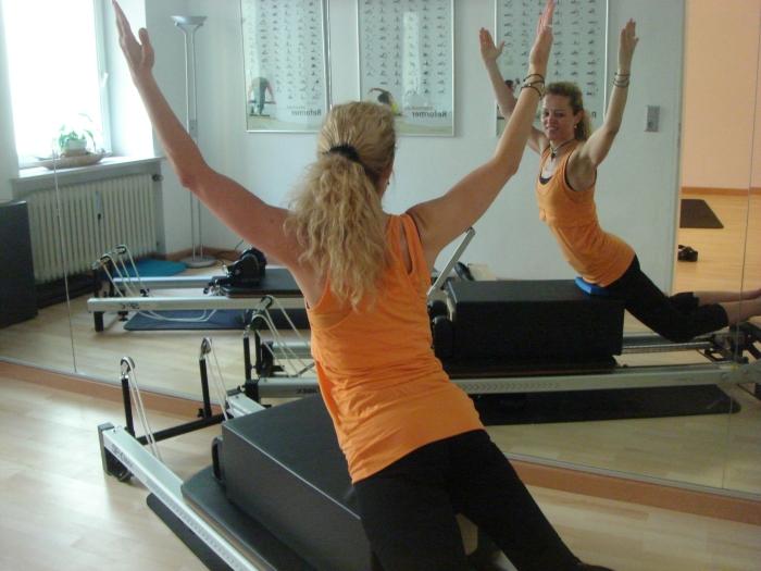 pilates bung swan reformer  keep in motion PILATES STUDIO | München