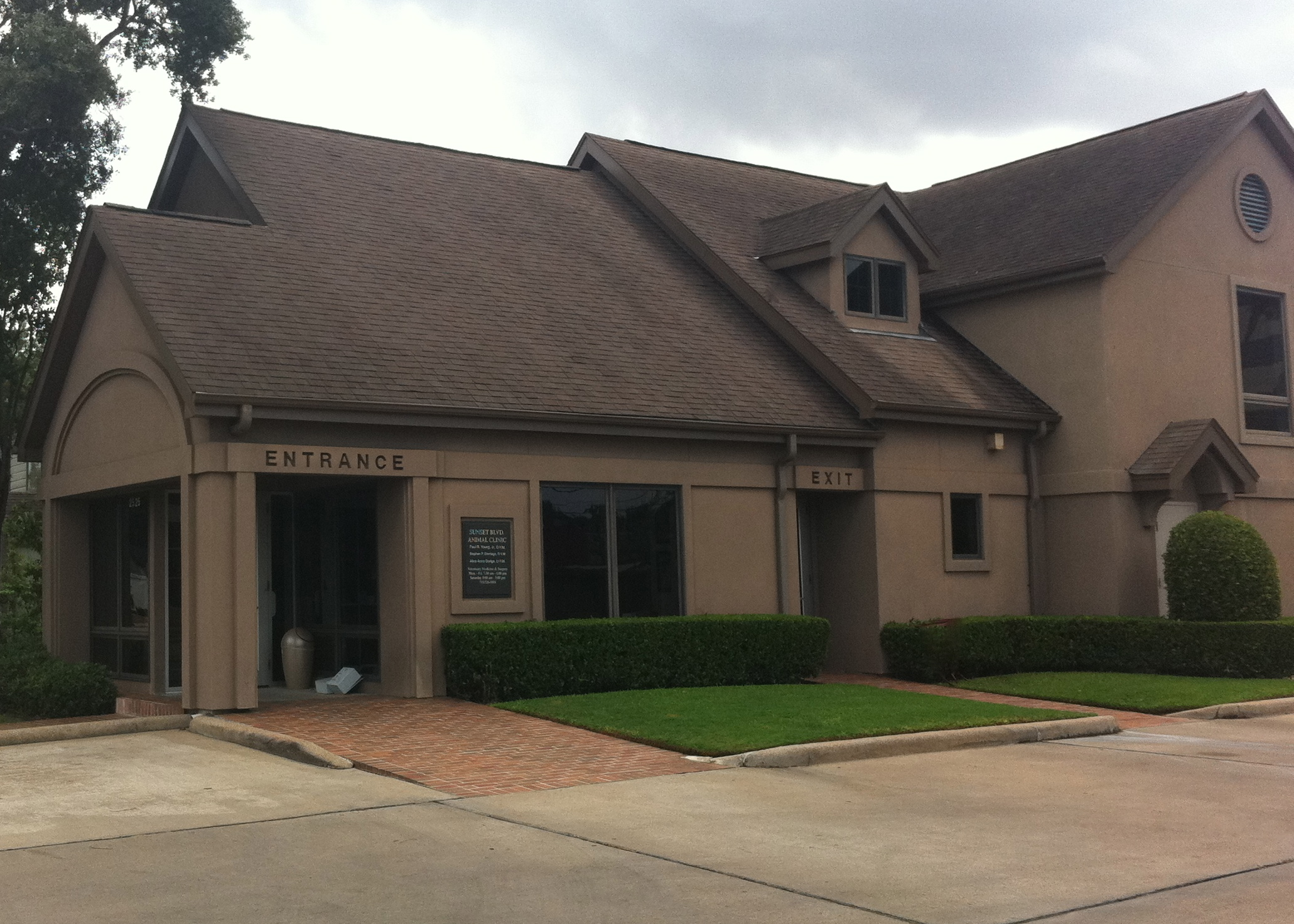 Sunset Boulevard Animal Clinic - Houston, TX