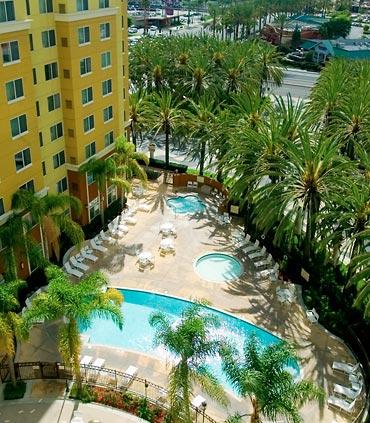Residence inn by marriott anaheim resort area garden grove for Garden grove pool service