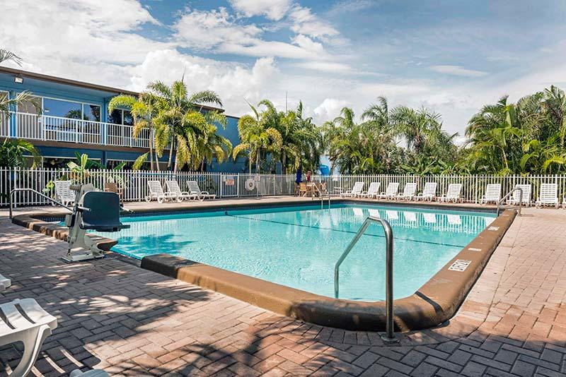 Rodeway Hotel Fort Lauderdale Day Room