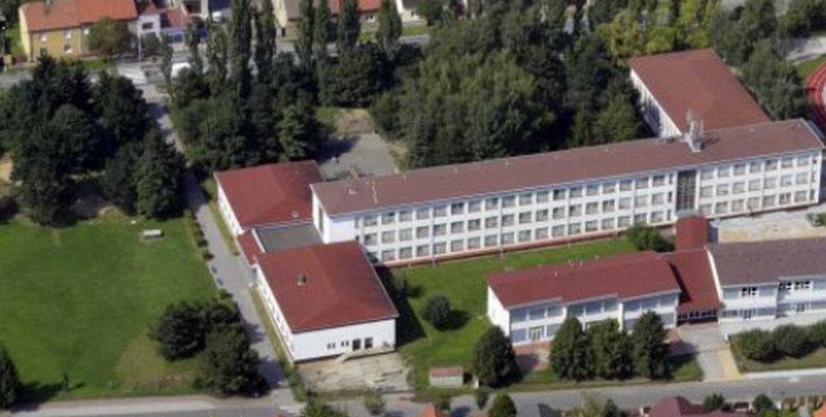 Základní škola, Rudná, 5. května 583