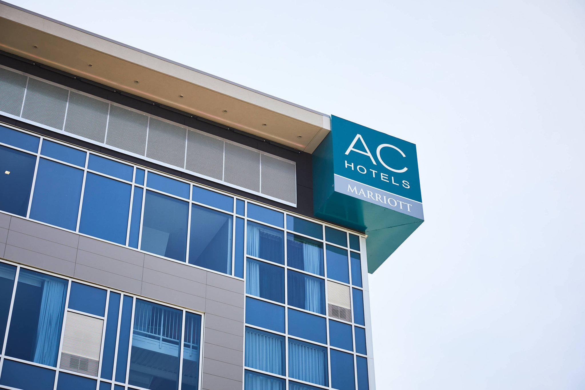 AC Hotel by Marriott Minneapolis West End
