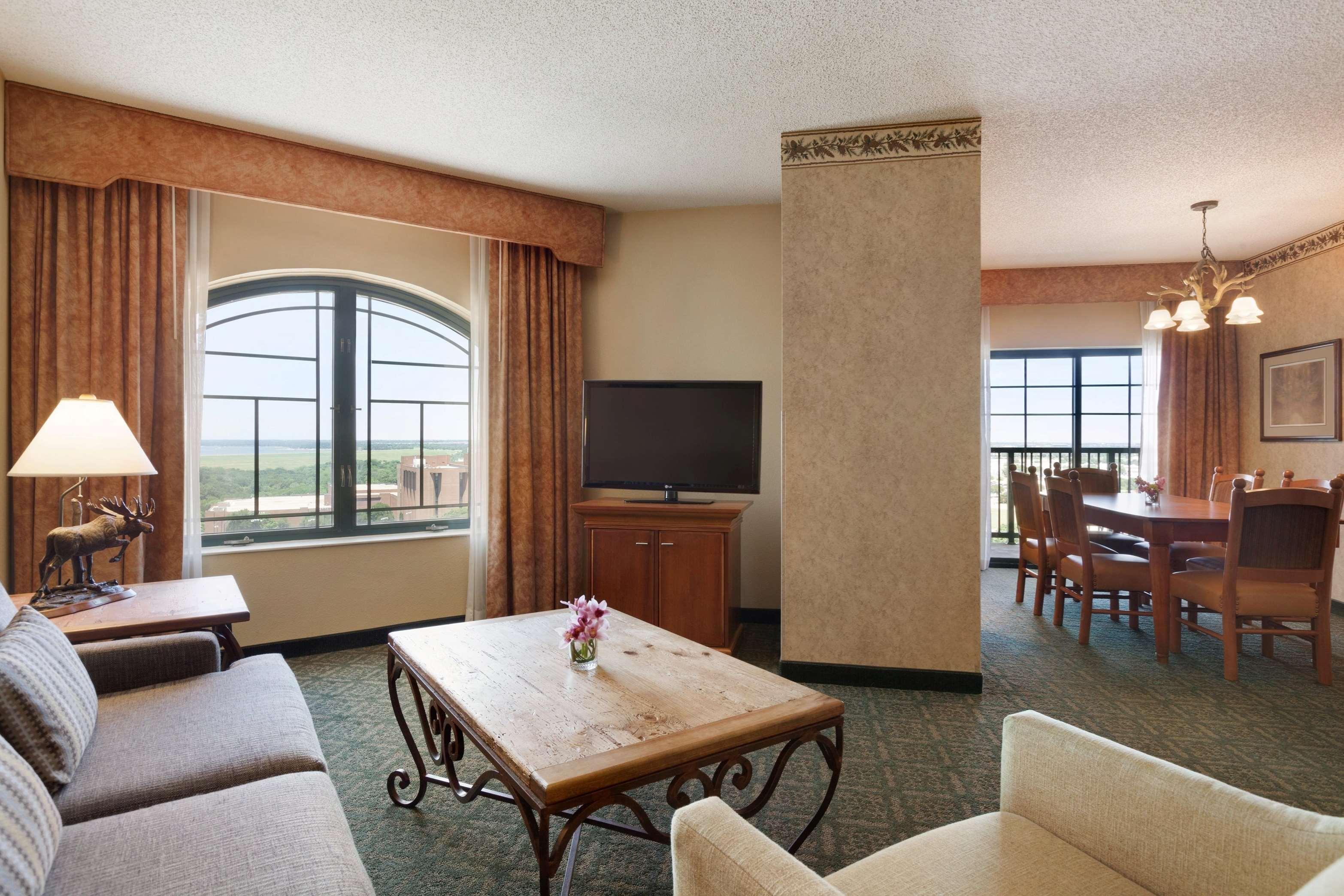 Comfort Inn Dallas Tx Near Dfw.Hilton Garden Inn DFW North Grapevine ...