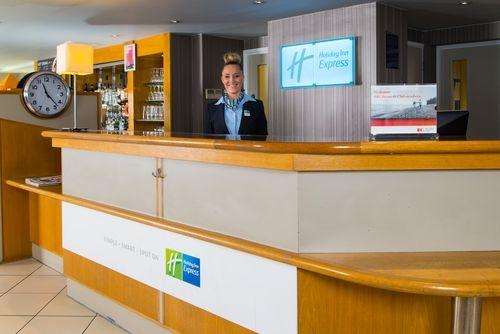 Holiday Inn Express London - Luton Airport