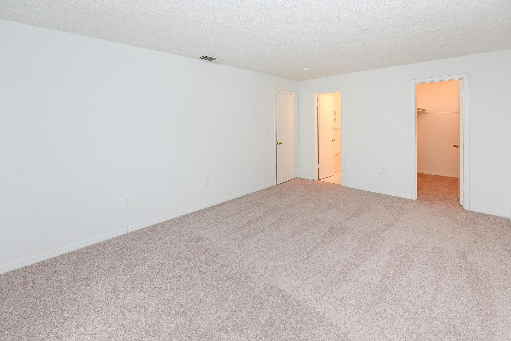 Reserve at Lake Pointe Apartment Homes