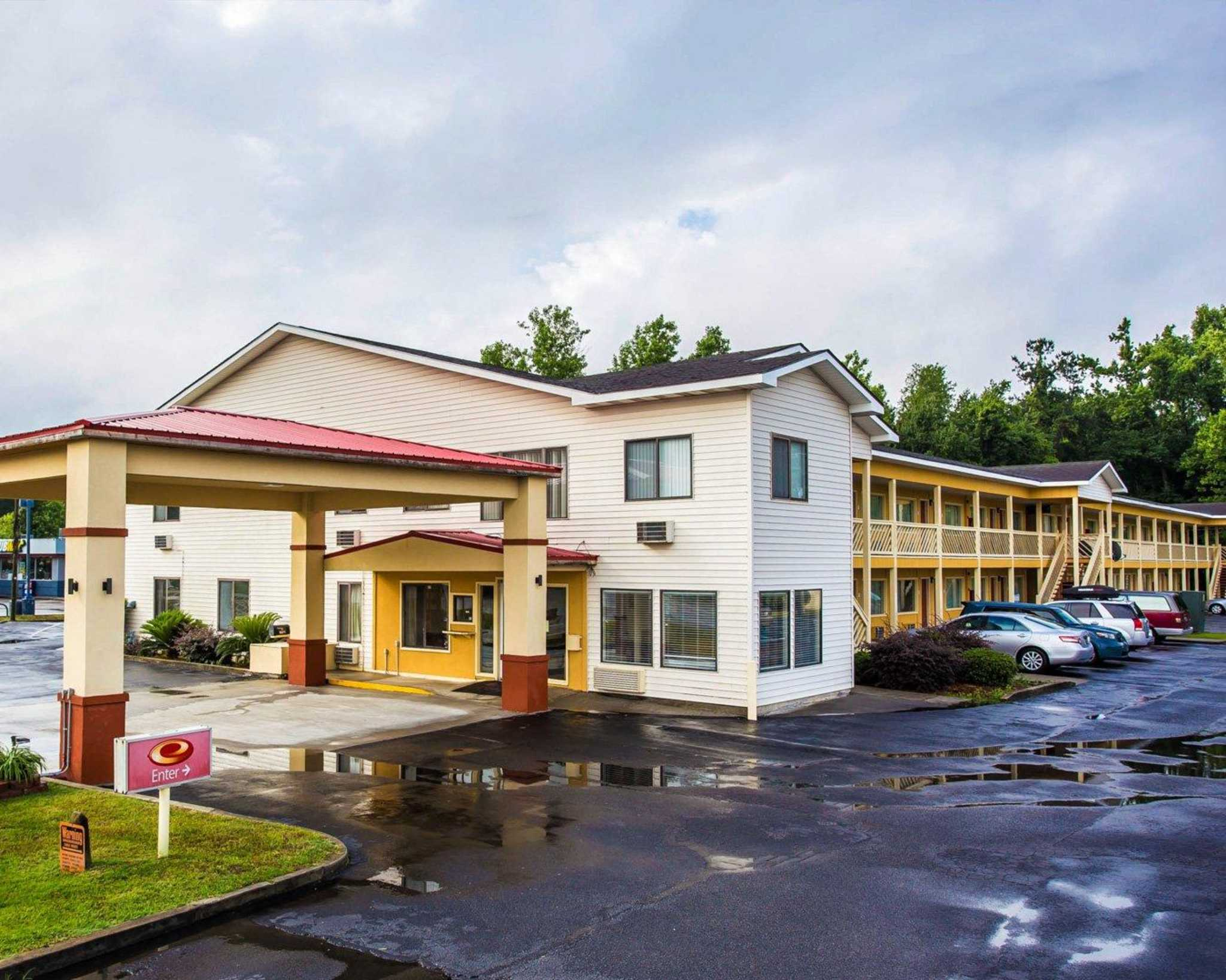 Econo Lodge  Saint George South Carolina  Sc