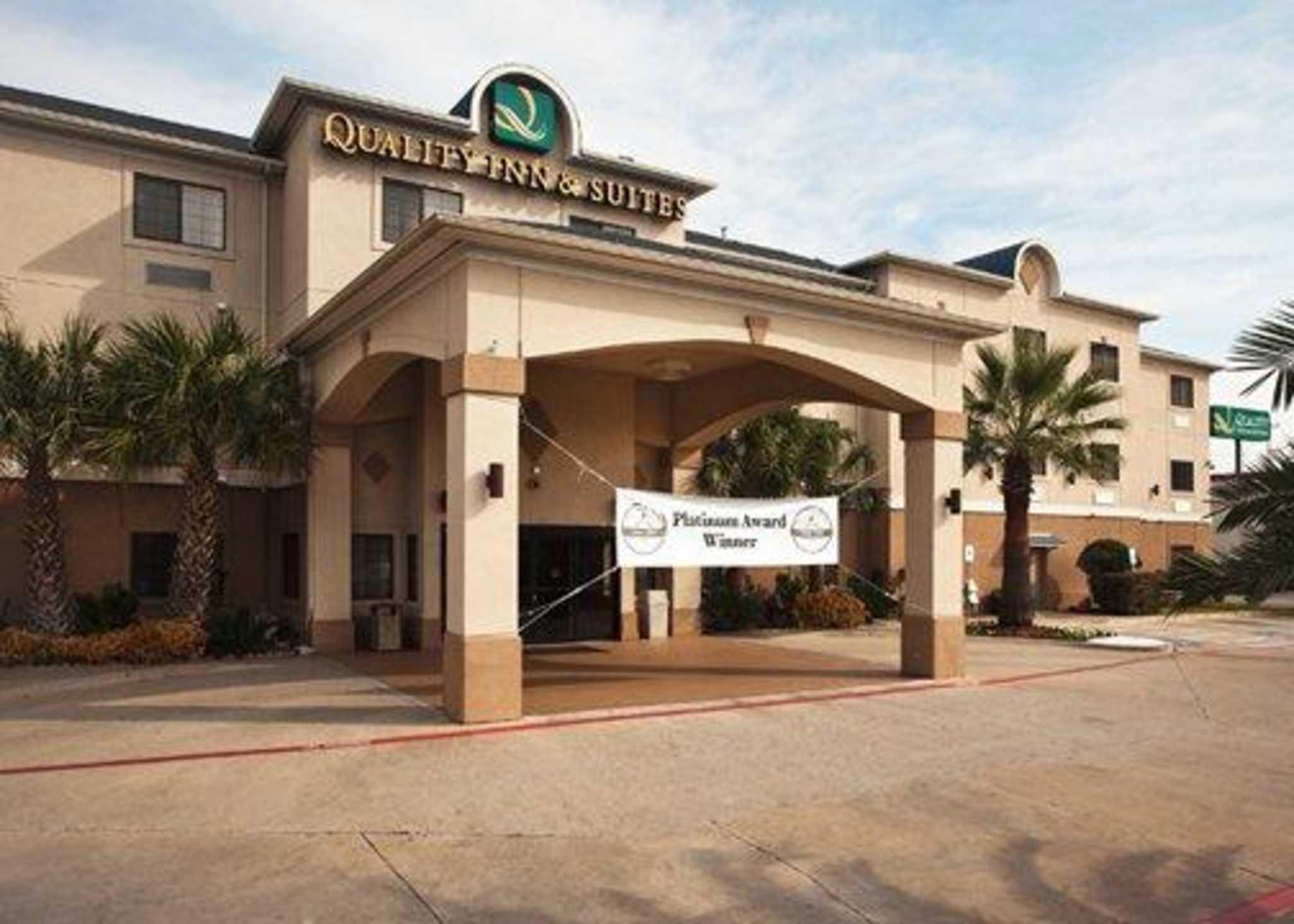 Quality Inn Amp Suites Near University Coupons Waco Tx Near