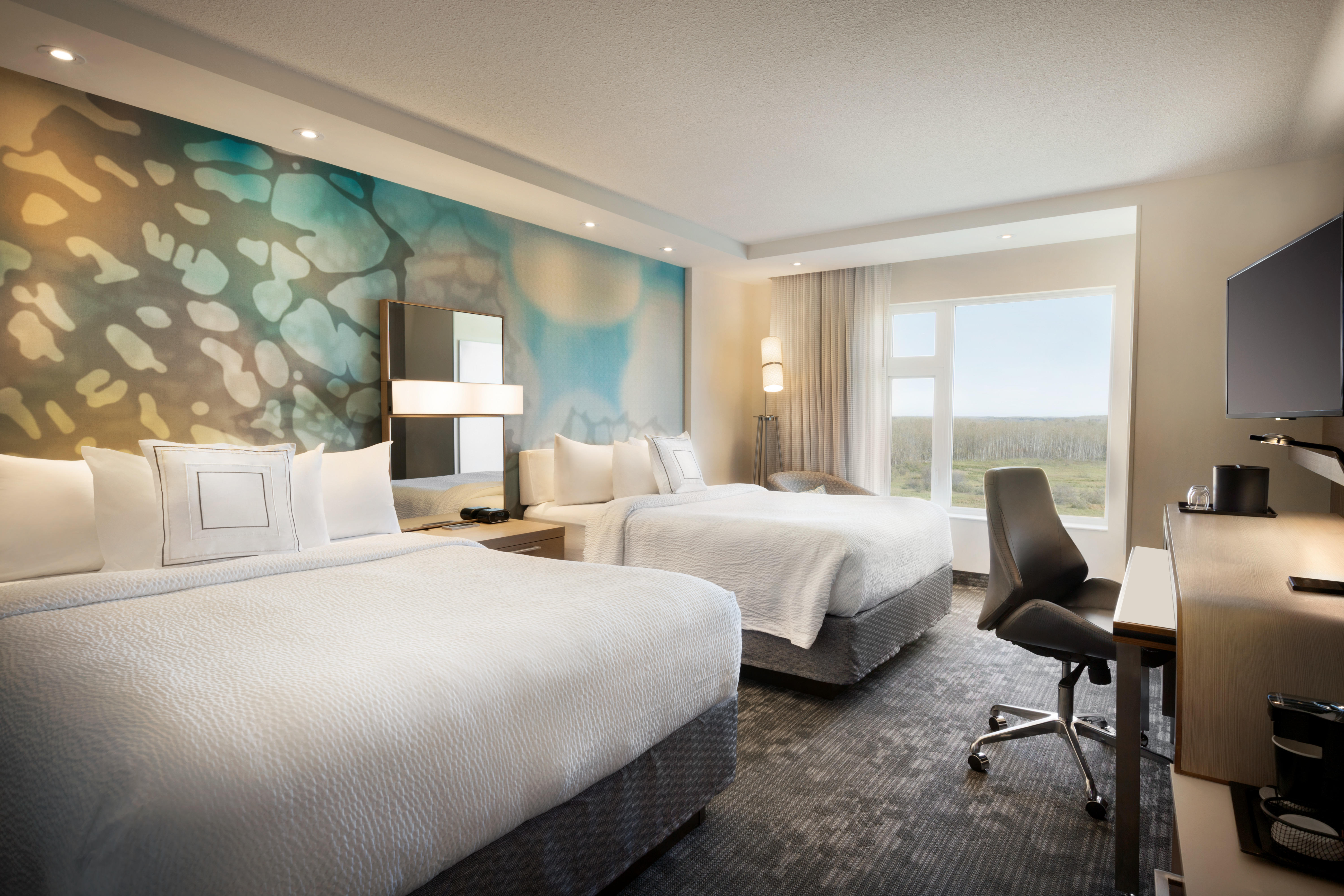 Queen/Queen Guest Room Courtyard by Marriott Cold Lake Cold Lake (780)594-0989