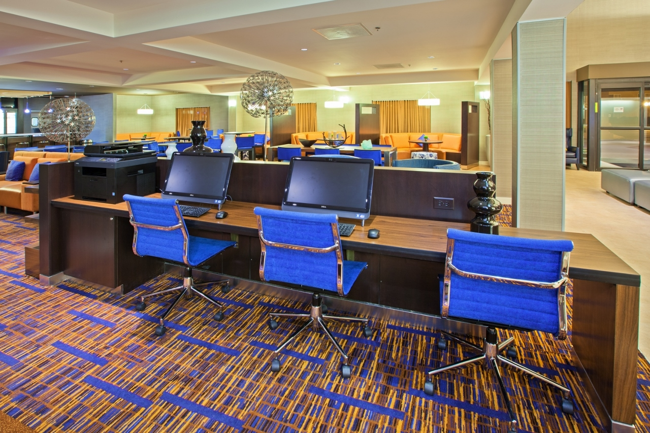 Courtyard by Marriott Chicago Midway Airport Bedford Park (708)563-0200