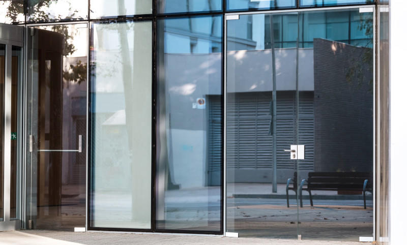 Your projects will come out perfectly with custom commercial glass solutions from Pro Tech Glass.
