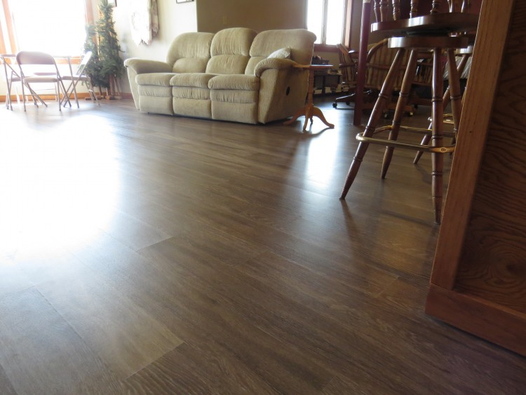 Walvatne floor covering coupons near me in sumner 8coupons for Floor covering near me