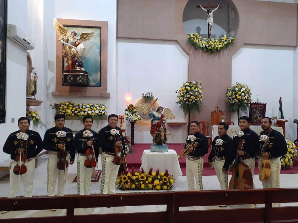 Mariachis Los Cardenales