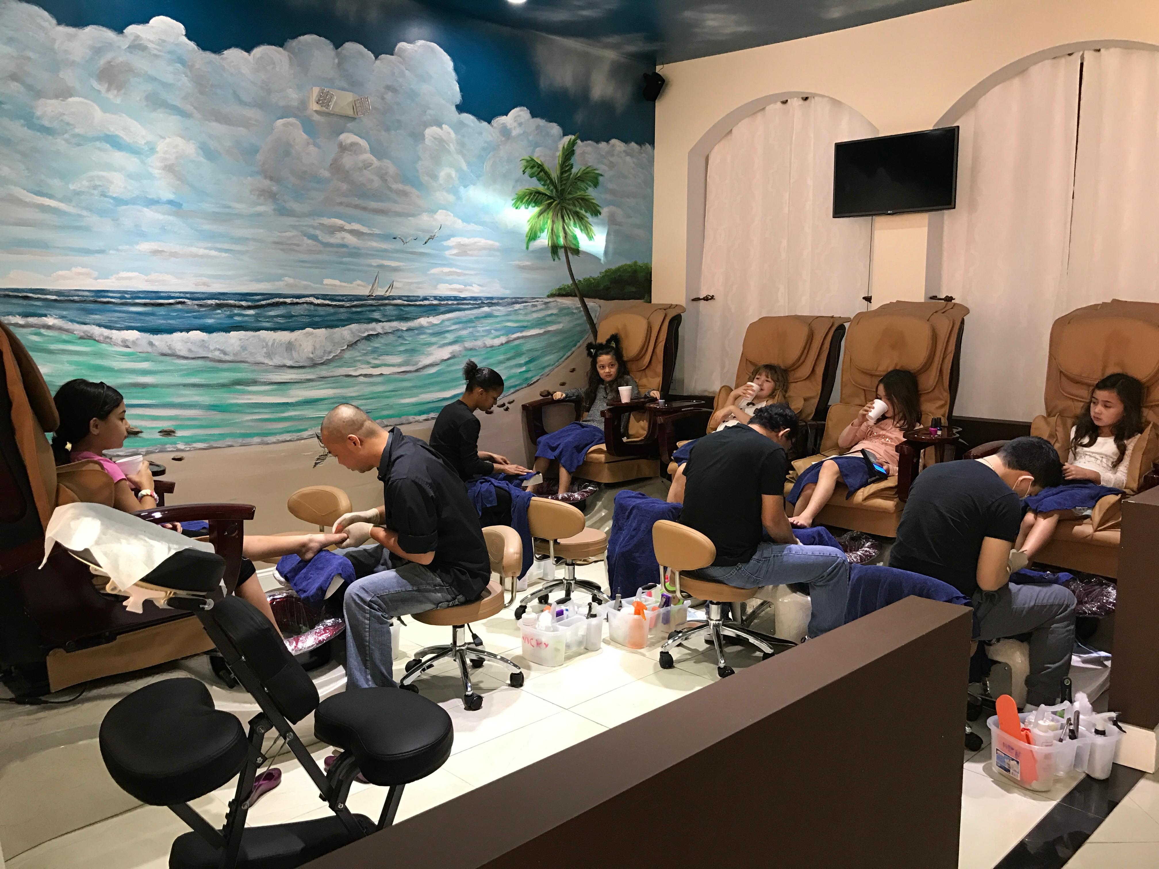 Best Nail Salon In Pompano Beach