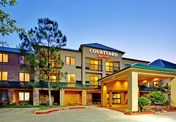 Courtyard by Marriott Houston The Woodlands image 0
