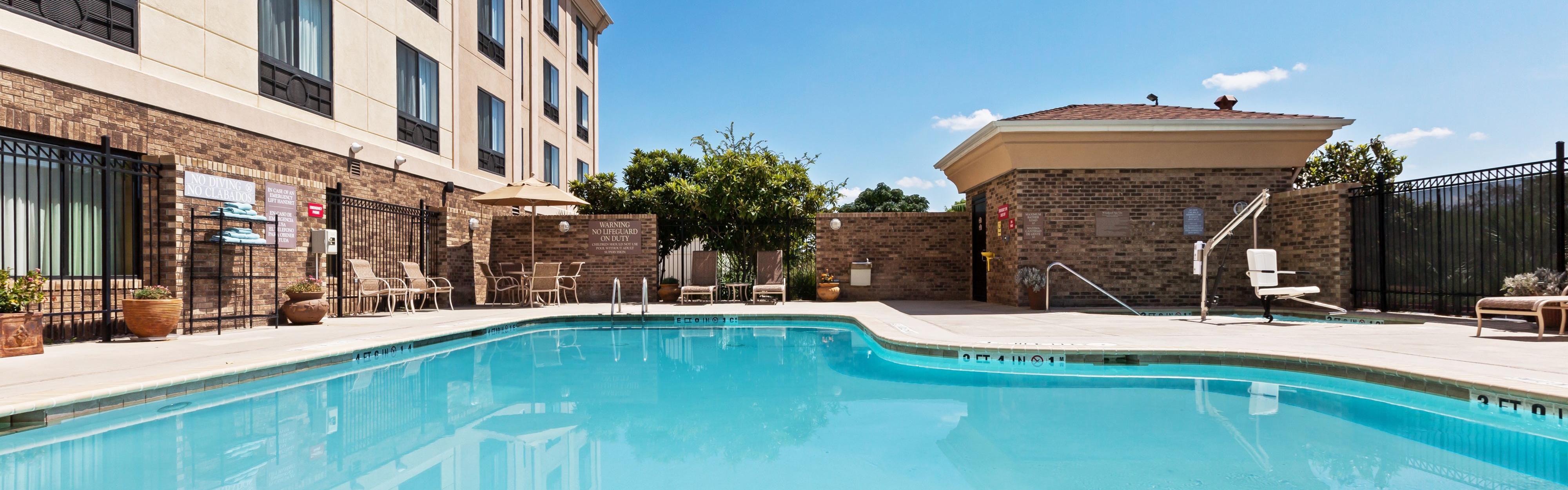 Holiday Inn Express Amp Suites Selma Selma Texas Tx