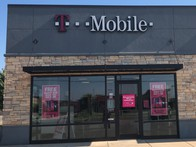Exterior photo of T-Mobile Store at 19th St & Telephone Rd, Moore, OK